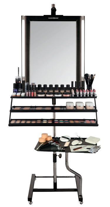 Coverpoint 2 in 1: postazione make-up e un espositore completo